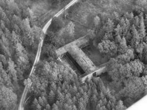 """Luftaufnahme """"Alte """"Autobahnbrücke Söhrewald"""" / (c) Rolf Nagel, Baunatal."""